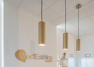 Interiorismo Clínica Mediestética lámparas