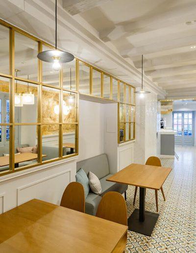 Interiorismo Bar la Herrería diseño espejos