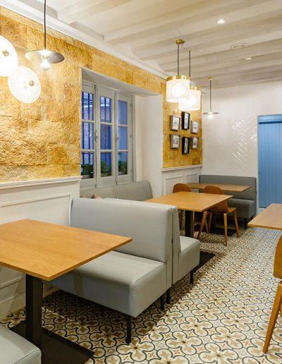 Interiorismo Bar La Herrería diseño zona salón comedor